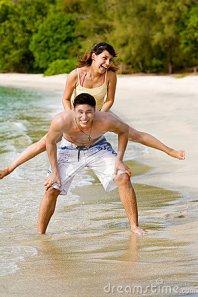couples-having-fun-beach-4569116